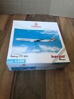 Emirates Herpa Wings Boeing 777-300