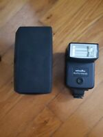 Konica Minolta Auto 132X Mount Flash - 2 lens included