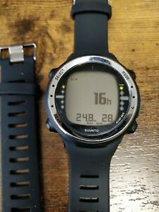 SUUNTO dive computer D4 New Battery and New strap