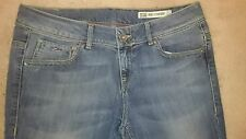 Tommy Hilfiger Faded Regular Size L32 Jeans for Women