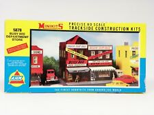 "MINIKITS HO U/A ""BUSY BEE DEPARTMENT STORE"" HIGHLY DETAILED PLASTIC MODEL KIT"