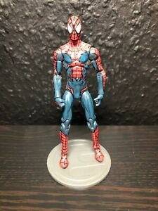 House of M Spiderman - Marvel Universe Infinite - 1/18  10cm