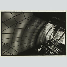 Jochen Loesdau. Architekturaufnahme Glasdach. Handabzug, signiert