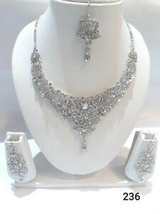 Indian Bollywood Fashion Diamond Jewellery Choker Set with Earrings and Tikka