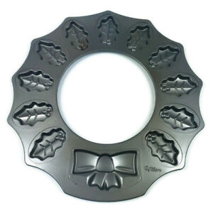 Wilton Wreath 12 Cavity Whoopie Pie Cookie Tray Christmas Holiday Baking Candy