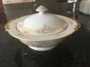 Antique Meito China # 352  Round Covered Serving Dish