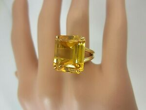 18k Yellow Gold Large Citrine Ring 14 carats 16 x 14 mm.
