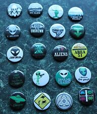 "ALIEN  20 X 1"" BUTTON BADGES FANCY DRESS UFO X FILES SPACE SHIP SCI FI  AREA 51"