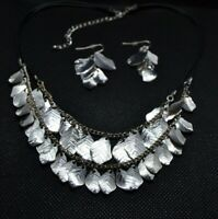 Silver Ton Leaves Necklace and Earrings set (item #J34)