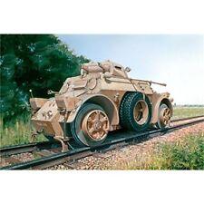 Modellini statici di veicoli militari Italeri