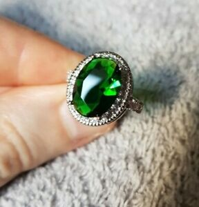 Womans Size L. 4CT Emerald & White Topaz Silver Ring