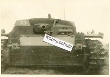 orig. Foto , Sturmgeschütz mit Nummer 33 in Polen