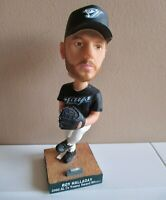 ROY HALLADAY 2003 CY YOUNG AWARD BOBBLEHEAD - Blue Jays ( missing trophy )