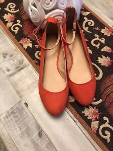 Ann Taylor LOFT Faux Suede Flat Dress Shoe W/Ankle strap Red Size 8M