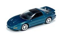 Auto World 1:64 1993 Pontiac Firebird Emerald Green Die-Cast Car AW64011