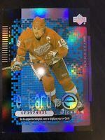 2000-01 Upper Deck E-Cards #EC3 Steve Yzerman Detroit Red Wings Hockey Card