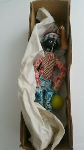 PUPPET VINTAGE MINSTREL WITH MARACA MUST SEE +++ BOXED NO LID