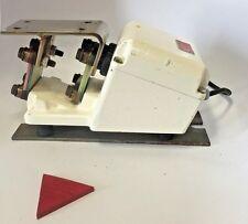 Fmc Syntron Magnetic Feeder model F010 Vibratory powder vibrator tray 120v Fda