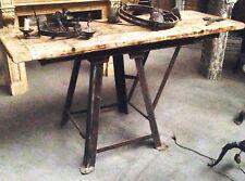 console de milieu en fonte de fer piétement conique dessus bois sapin  XX siècle