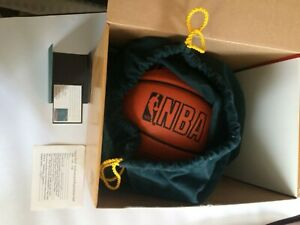 Magic Johnson Los Angeles Lakers Signed Basketball Upper Deck Authenticity NIB