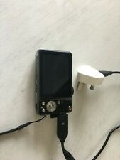 Samsung WB600  digital camera with charger