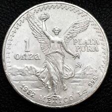 1982 Mexican Libertad 1 Troy ounce .999 Fine Silver Coin Plata Pura (6722/B)