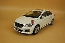 1/18 SUZUKI Alivio diecast model white color