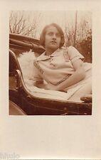 BL998 Carte Photo vintage card RPPC femme jeune fille dans lit hopital maladie