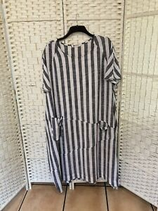 made in italy Bought In Spain  NEW Size 24 Grey And White Stripes