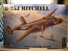 WWII USAF B-25J MITCHELL BOMBER REVELL 1:48 SCALE PLASTIC MODEL AIRPLANE KIT
