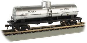 Bachmann 17807 HO Alaska Railroad #9024 - 40' Single-Dome Tank Car