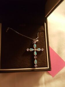 BNIB JARED Cross Necklace Opal White Gold White Sapphires Opals Chain