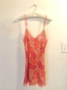 Josie Natori Chemise Medium Red Pink Floral Nightgown Slip Good Condition