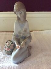 Lladro Flower Song 1988 Collectors Society Figurine