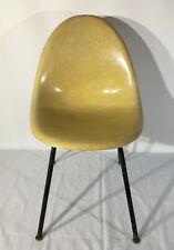 Vintage Art Deco Eames Mid Century Modern Zenith Fiberglass Shell Chair