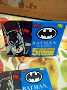 Topps 1992 (Batman Returns 2 PACKS OF 5 MOVIE PHOTO STICKERS + 🆓 Misc Cards.