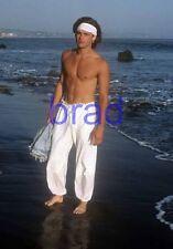 BRAD PITT #77,BARECHESTED,SHIRTLESS,barefoot,barefeet,8x10 photo