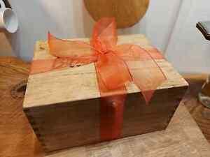 Billies & Tong Personalised Memory Keepsake Gift Biltong Droewors Gift Box