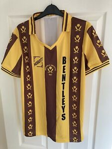 Retro HOBOTT Sheffield United away Shirt