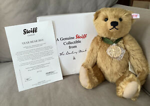 Steiff NEW 2012 Bear of the Year w/ gold plated medallion