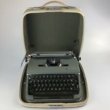 VINTAGE 1950s WEST GERMAN  OLYMPIA SM3  PORTABLE TYPEWRITER  - Tested & Working