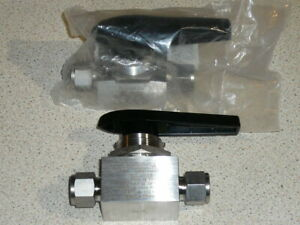 Swagelok SS-45S8 1/2 in stainless steel ball valve 2 off