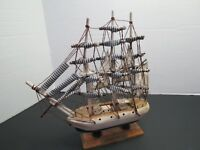 "Wooden Model Ship Cliperxtxsiecle Cloth Sails 10"" Tall 9""L"