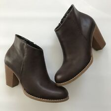 Ballo Womens Brown Leather like Ankle Boots Shoes Booties size 6  NEW