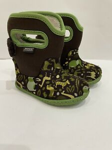 Baby Bogs Zoo  Boy Size 5 Toddler Snow Boots Rain Boots Animals Green Pull On