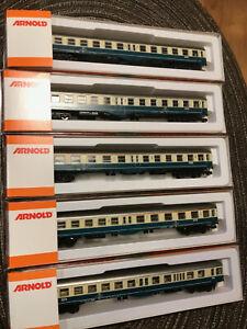Spur N Komplettzug 5 x Mitteleinstiegswagen mit Steuerwagen! - Arnold