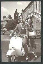 Dominguin e L. Bose  su Vespa Piaggio - riproduz. di foto d'epoca