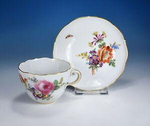 "Meissen "" Flower Bouquet & Insects "" Coffee Cup and Saucer Pfeifferzeit 1.Wahl"