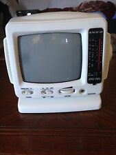 """Spectra Black and White Portable 5"""" Tv and Radio Receiver"""
