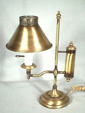 VINTAGE MID CENTURY COLONIAL BRASS DESK TOP STUDENT LAMP